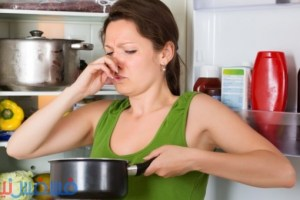 أفضل الطرق السحرية للتخلص من الرائحة الكريهة بالثلاجة العائلية