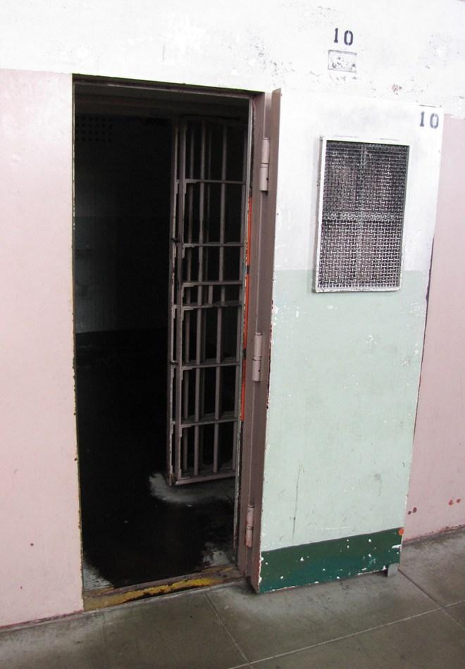 Alcatraz Isolationszelle - copyright 2019, fesselblog.de