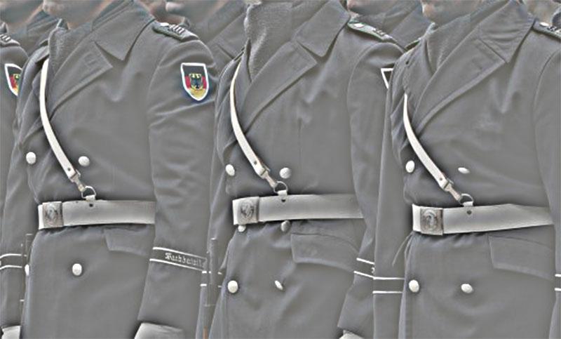 Uniformen und Generäle – Kleider machen Leute (Teil 6)