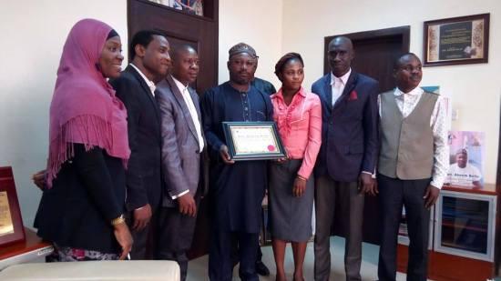 Hon-akeem-bello-award (3)