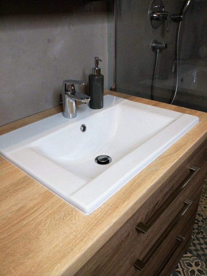 Beton we wnętrzach - mikrocement w łazience
