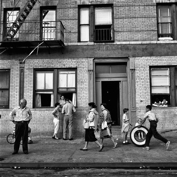 """Visita guidata alla mostra """"Vivian Maier. Una fotografa ritrovata"""""""