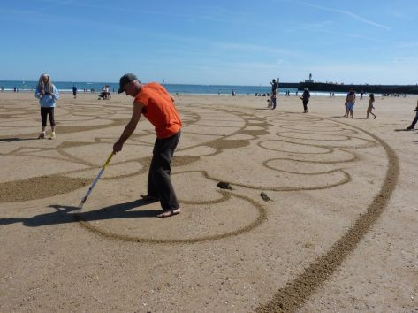 Beach_art_Michel_Jobard (5)