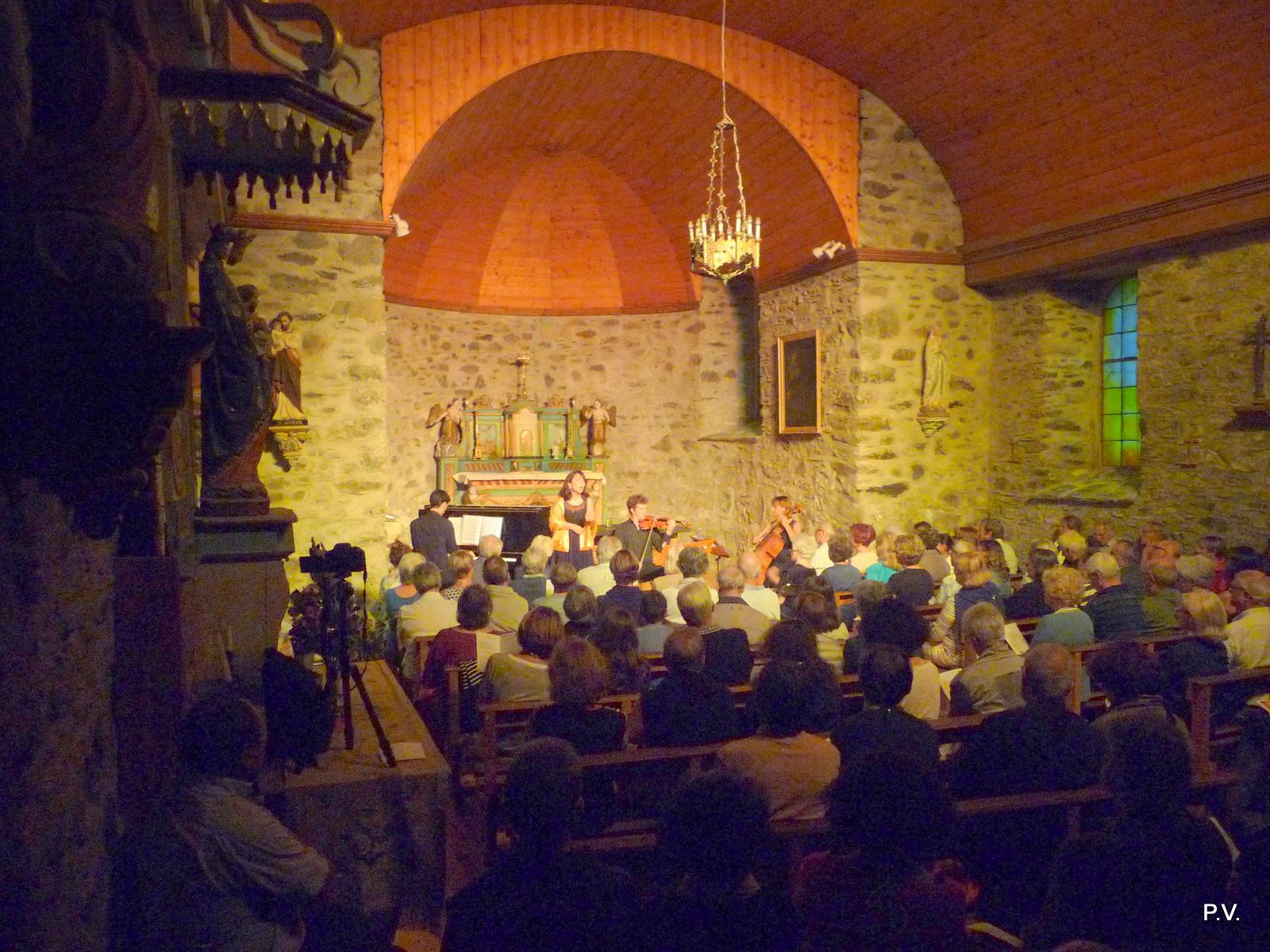 ensemble Zeste église Aragnouet