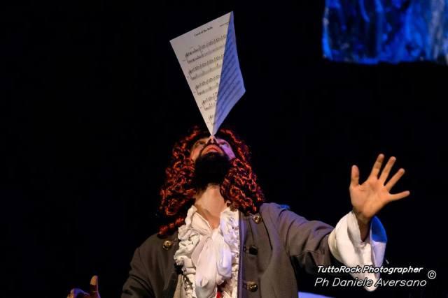 MasNada: una fusione magica tra circo e orchestra