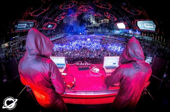 Gaia-ASOT-650-at-Ultra-Music-Festival-2014-DJ-Set--759x500