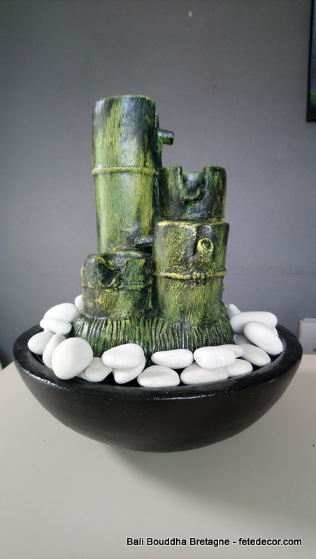 fontaine a eau d interieur bambou