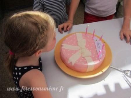 Gâteau arc en ciel Petite Pâtisserie - Fêtes vous même