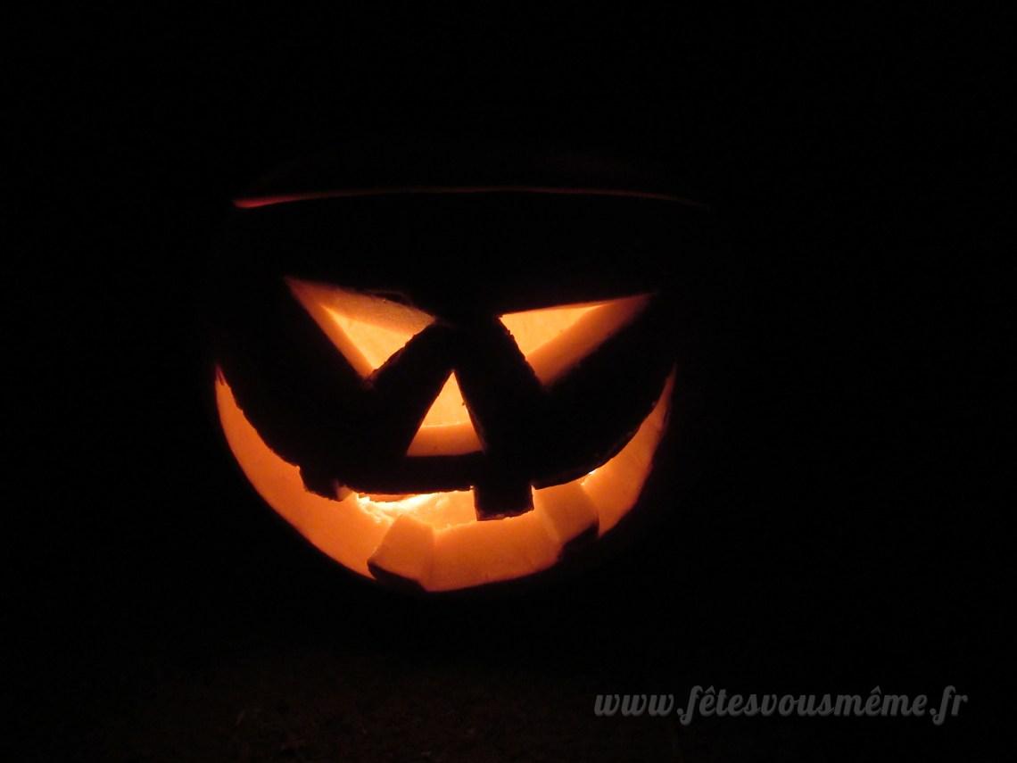 Citrouille d'Halloween illuminée nuit - Fêtes vous même
