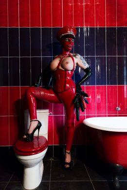 Miss Velour heavy rubber mistress london