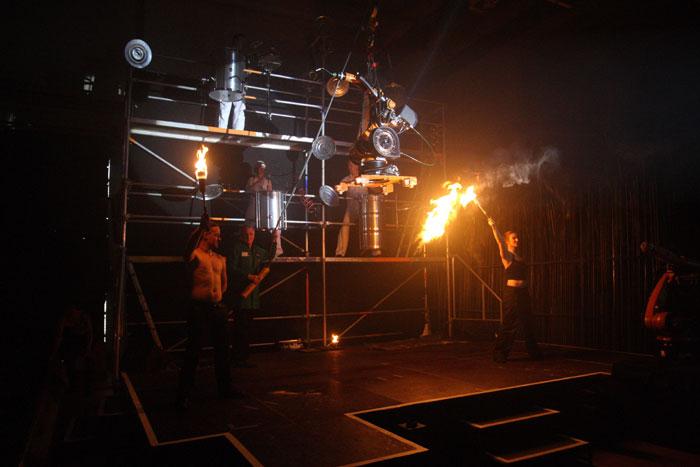 Produktpräsentation Trommel-Feuershow