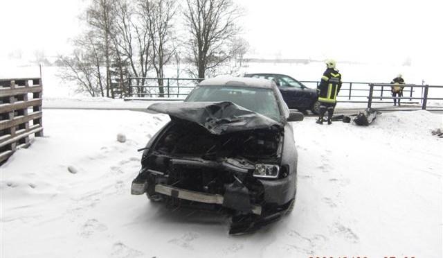 10.02.2010, Technischer Einsatz – Fahrzeugbergung (Fotogalerie)