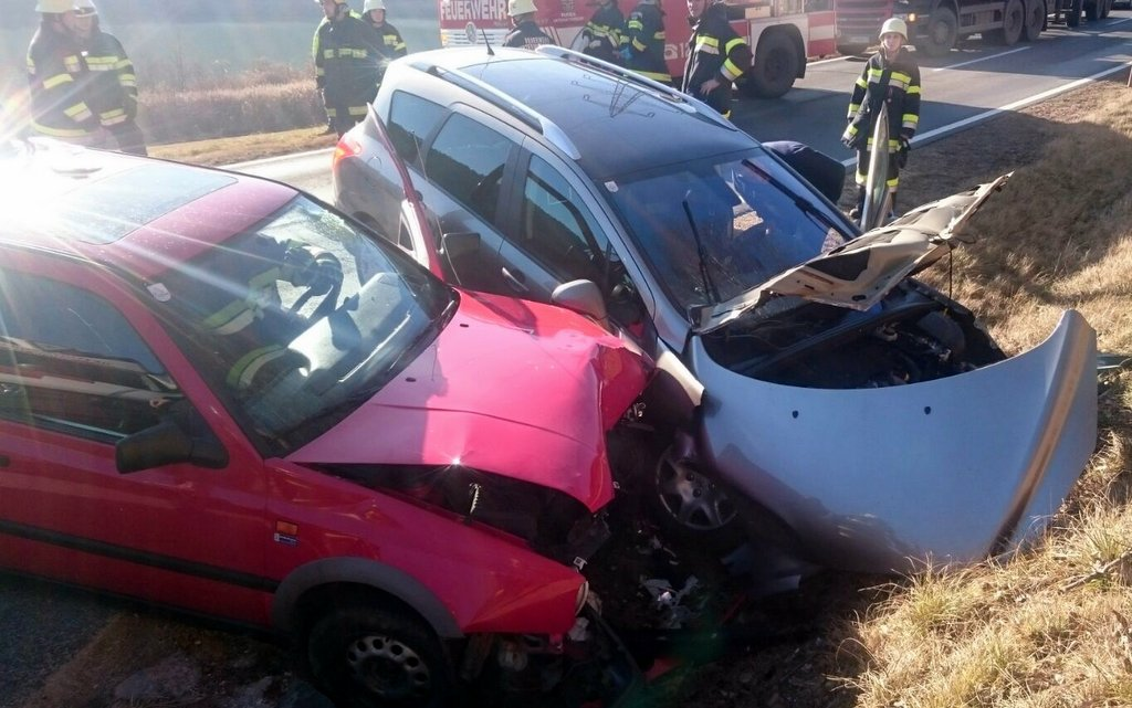 Verkehrsunfall auf der B80