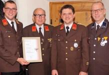von links: Fw-Kommandant Alexander Sagmeister,Walter Thaler, Kommandant St. Stefan Weber und Bgm. Dr. Franz Dengg. Foto: Andreas Fischer