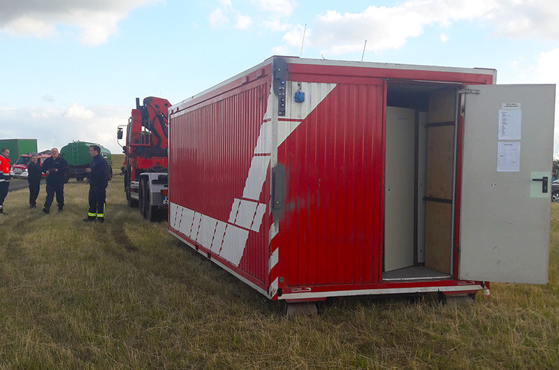 doa_2017_aufbau_container_fw_moers