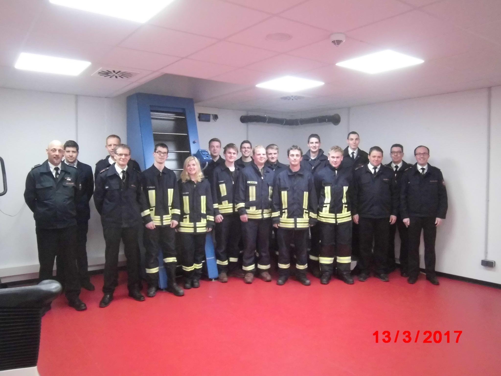 Zehn neue Atemschutzgeräteträger für die Stadt Schmallenberg