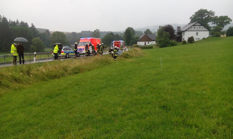 Verkehrsunfälle halten Feuerwehr in Atem