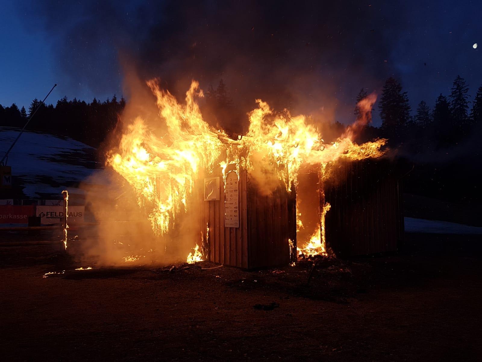 Kassenhaus am Skilift Schmallenberg abgebrannt