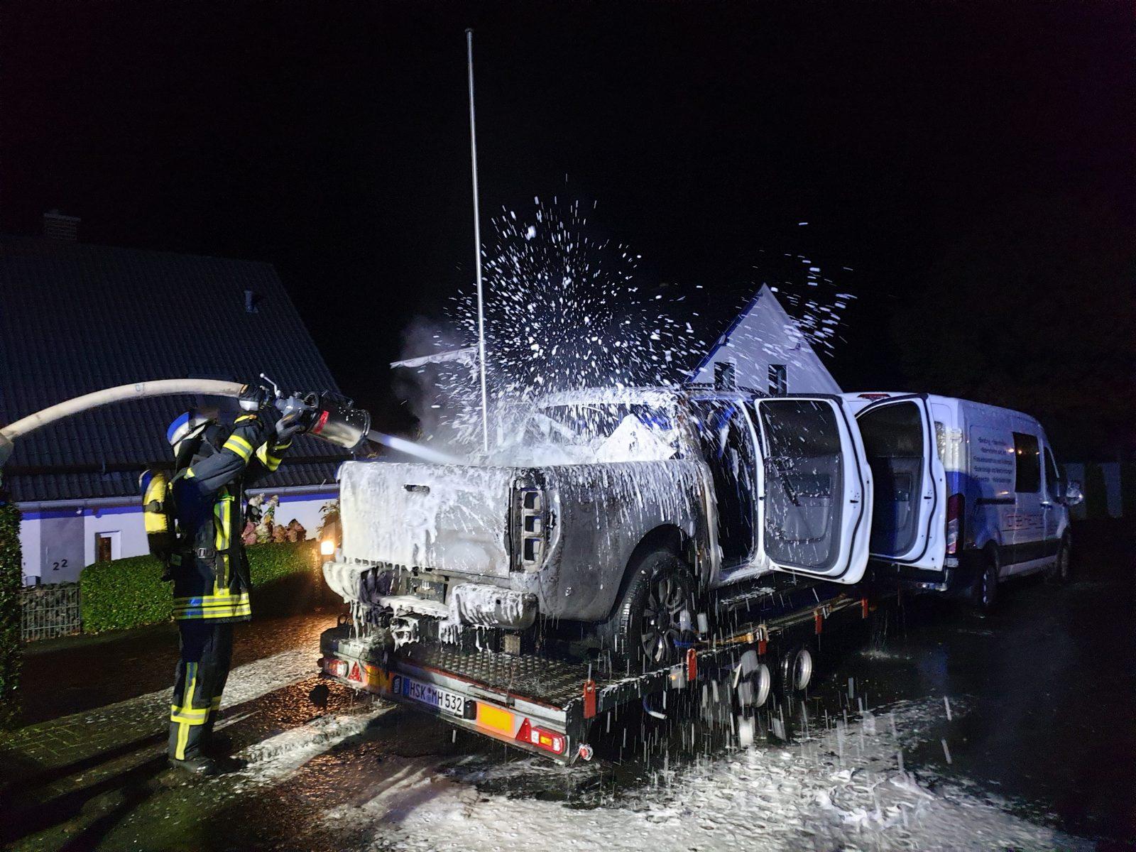 Nächtlicher Brandeinsatz – schnelles Eingreifen der Löschgruppe Bödefeld verhinderte Schlimmeres