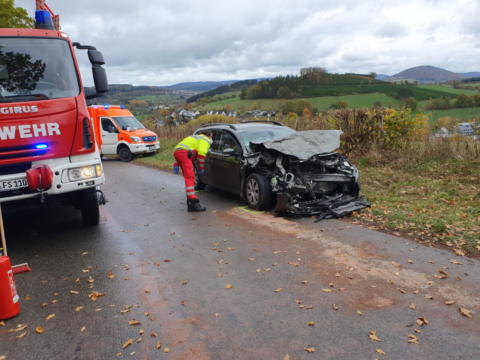 Schwerer Verkehrsunfall bei Jagdhaus – PKW frontal gegen LKW