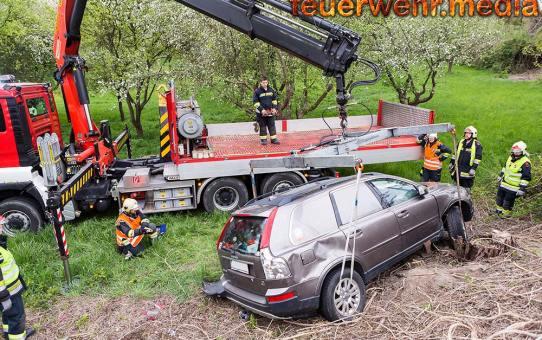 Bergung eines SUV bei der S5 Abfahrt Krems-Ost