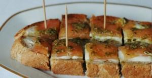 Apéro malin! Tartine au saumon et au pesto - Feuille de choux