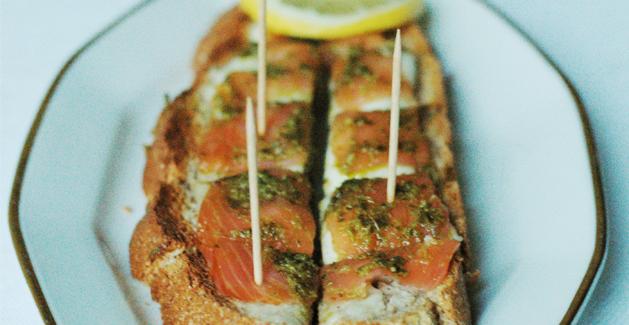 Tartine_saumon_pesto_Feuille_de_choux