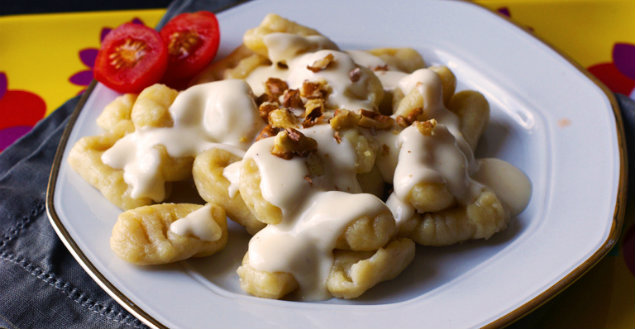 Gnocchis sauce Roquefort et noix - Feuille de choux
