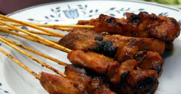 Poulet satay brochettes de poulet sauce satay recette -Feuille de choux