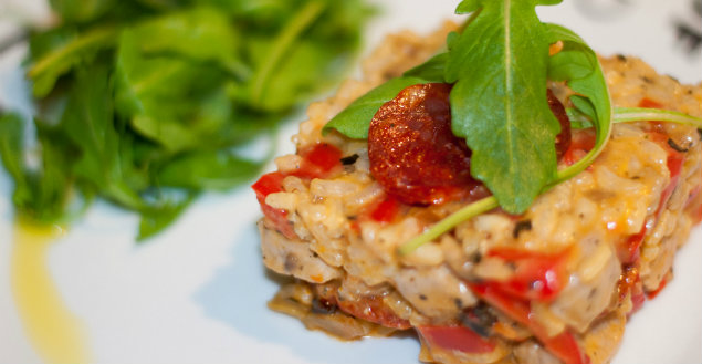 Risotto au chorizo, poulet et poivrons - Feuille de choux