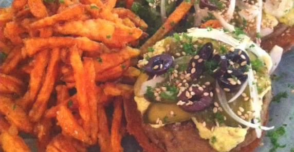 Burger vegetarien strasbourg fleur des champs-Feuille de choux