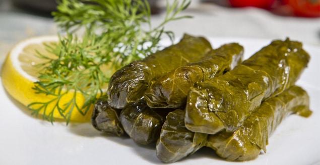 Dolmas feuilles de vignes farcies cuisine grecque-Feuille de choux