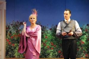 Gesine Forberger (Gräfin Mariza) und Alexander Geller (Graf Tassilo) © Marlies Kross