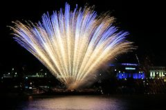 feu-artifice-bordeaux-26_mini