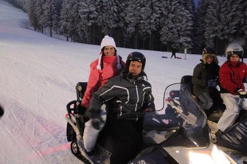 Adrenalin pur -mit dem Snowmobil am Fallbachhang (Tourismus GmbH Oberhof)