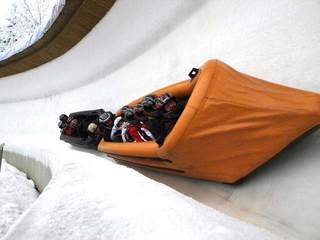 Gästebobfahren - Rasante Fahrten durch den Eiskanal