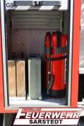 Im Geräteraum 5 sind Unterleghölzer für die Abstützung sowie ein Verbandskasten und ein Feuerlöscher verbaut.
