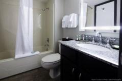 Condo1_Bathroom (1280x853)
