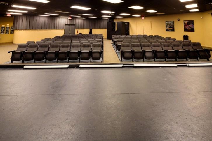 Theater1 (1000x667)