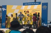 Le podium: 1er Tamada, 2eme le futur champion du monde (!?) valentino Rossi, et 3eme Shinya Nakano aux couleurs Kawasaki.