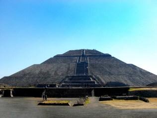 Pyramide du Soleil de Teotihuacan, à environ 50kms de Mexico City
