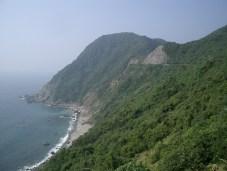 Nous filons desormais vers le sud pour aller sur la presqu'ile nommee sakurajima qui est en fait un immense volcan qu'une irruption du debut du siecle a relie a la cote.