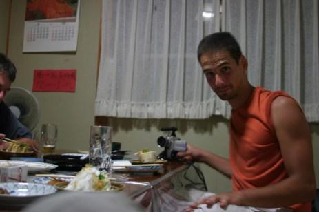 Un izakaya perdu, nourriture chinoise excellente.