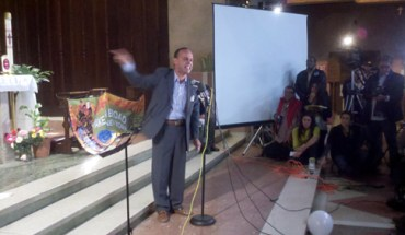 U.S. Rep. Luis Gutiérrez speaking at a rally for the DREAM Act in Brooklyn, NY - Photo: Catalina Jaramillo