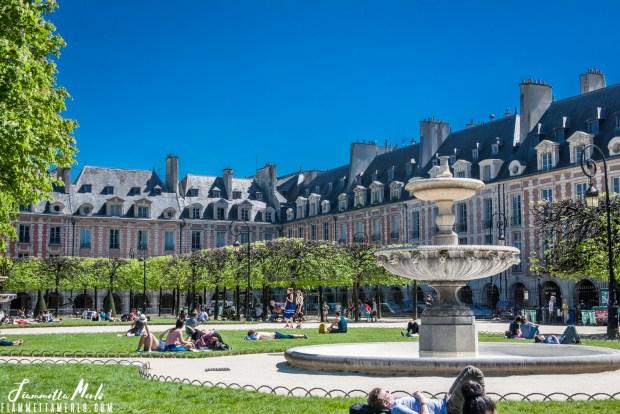 Place de Vosges Parigi