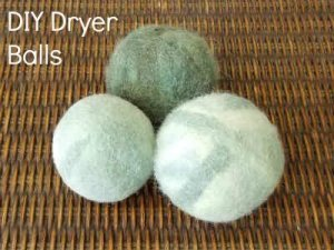 Easy DIY Felted Dryer Balls