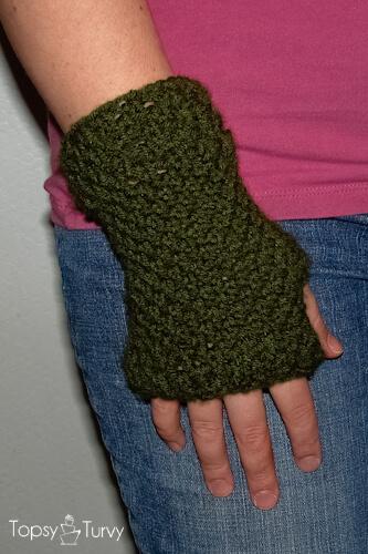 14 Knit And Crochet Fingerless Gloves Patterns By Fiberartsy