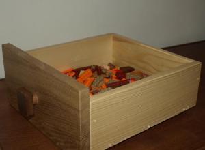 aspectul final al sertareului din lemn pentru piese lego