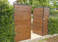 am reusit dupa 1 an sa placam cu lemn portile din teava rectangulara