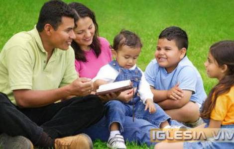 AMERICA/BOLIVIA – Considerations of the Archbishop of Santa Cruz on the importance of the family during the pandemic